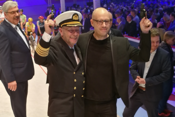 Morten Hansen und Christopher von Deylen beimAnschuss der Sixdays 2020